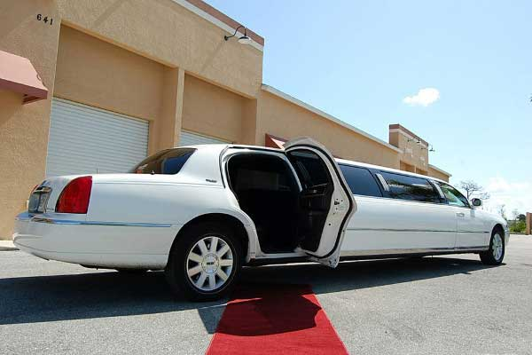 lincoln stretch limo rentals Winston Salem